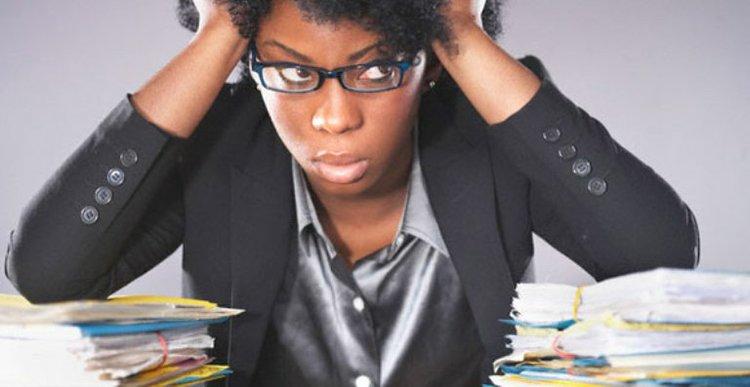 black-woman-employee_t750x550