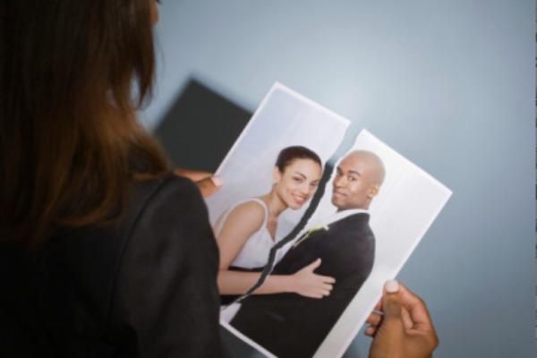 black-couple-break-up