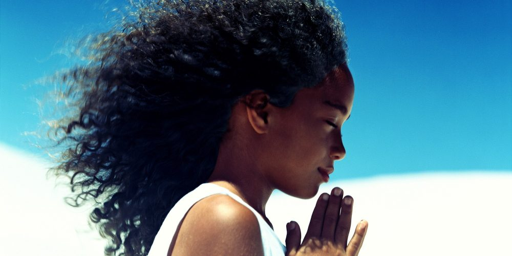 young lady praying