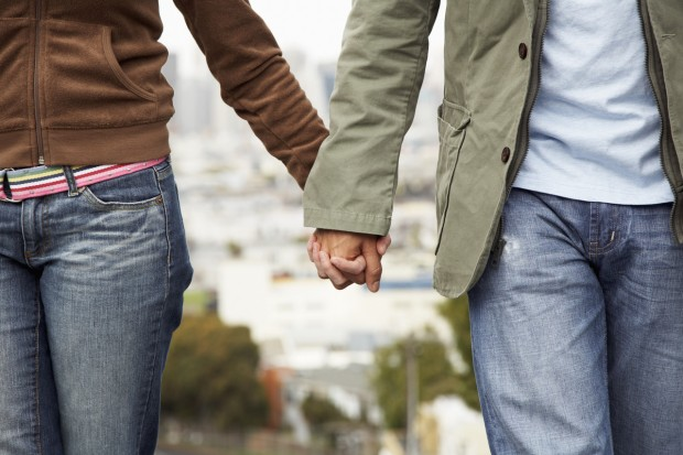 couple-holding hands