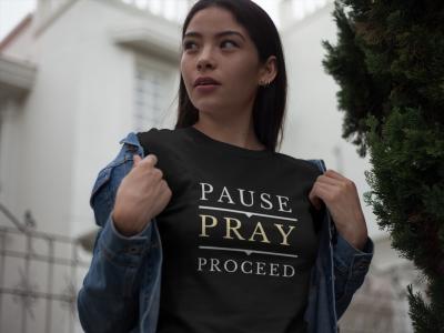 The Praying Woman-Pause Pray Proceed